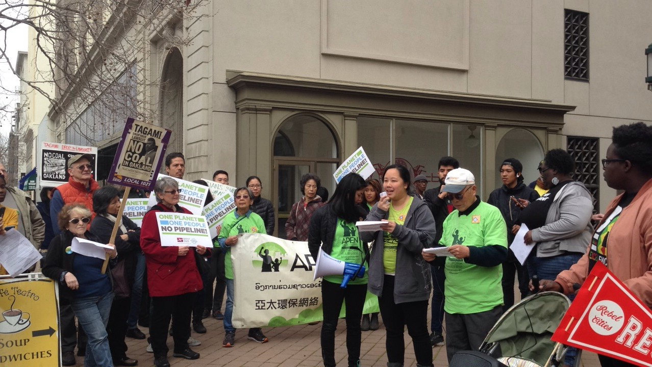 Defending Oakland's Coal Ban!